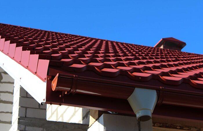 Кирпичный цвет покрытия Nova Matt металлочерепицы «Армано»