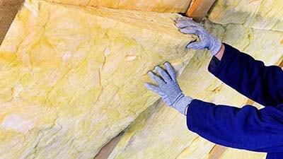 Теплоизоляция скатной мансардной крыши минеральной ватой