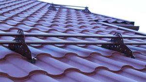 Фото крыши, покрытой металлочерепицей Kredo Grand Line