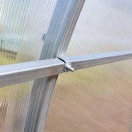 Фото соединения трубопрофильного каркаса теплицы с покрытием из листового поликарбоната Богатырь-Агросфера