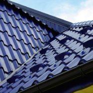 Крыша дома из модульной металлочерепицы Diament Plus