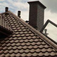 Дом с крышей из модульной черепицы Венеция, производитель Budmat (Будмат)