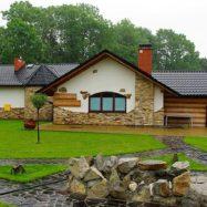 Крыша частного дома из металлочерепицы Kingas от польского производителя