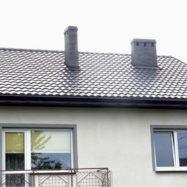 Крыша из металлочерепицы Afrodyta Glinmet цвет по каталогу RAL 9005