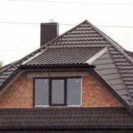 Трамонтана металлочерепица на крыше дома